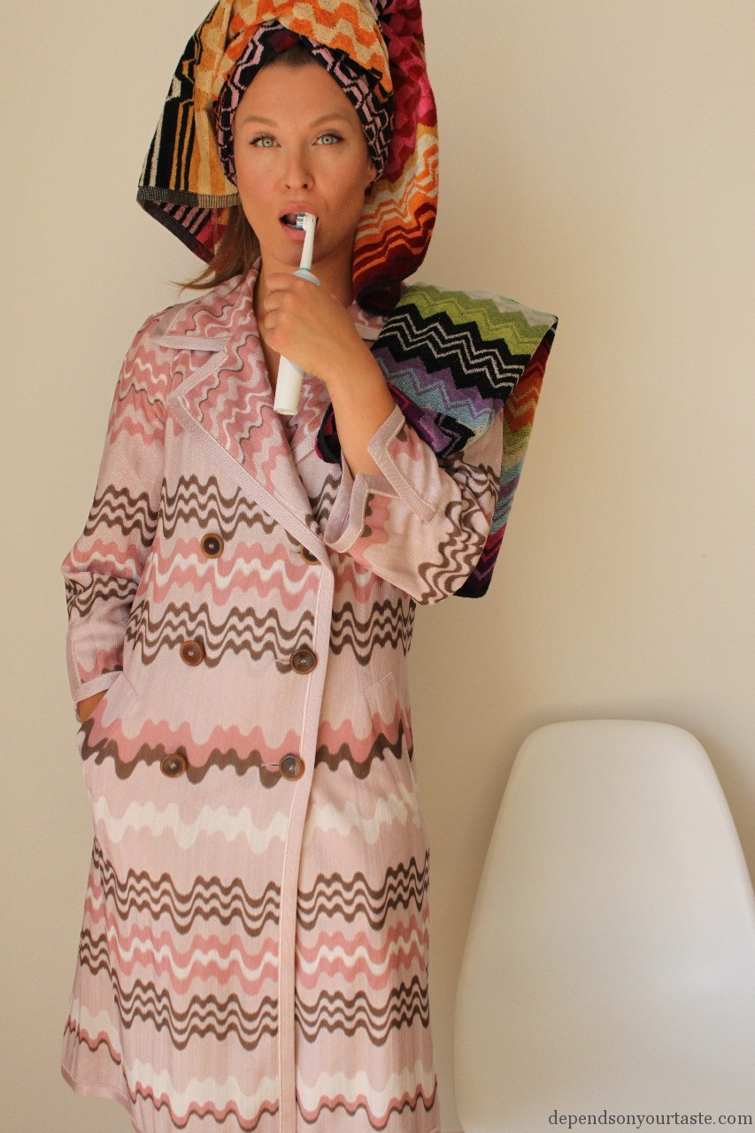 styling by wioletta walas, missoni coat , pink missoni coat , givenchy color blocking sandals, red shoes givenchy, fashion magazine , fashion styling , missoni home , missoni towels ,