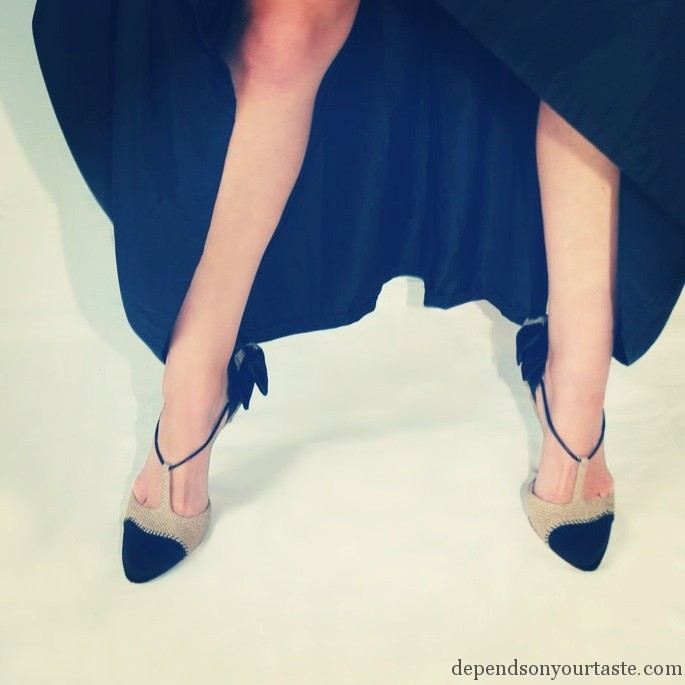 Miu miu hight heels whit bow , vintage black dress ,